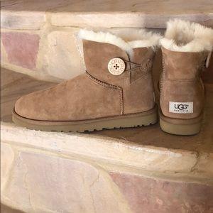 Ugg Classic Mini Bailey Boot